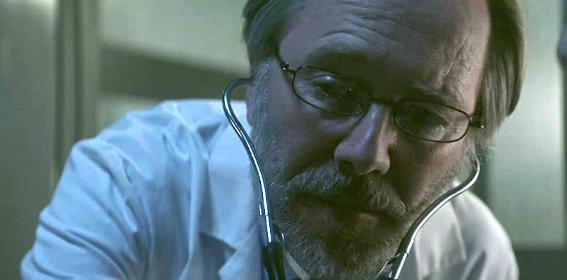 Peter Outerbridge in Level 16