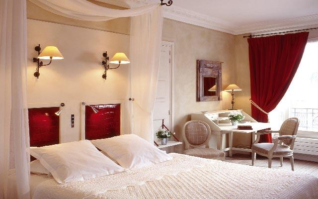 10 Astuces Pour Rendre Votre Chambre Dhotel Romantique
