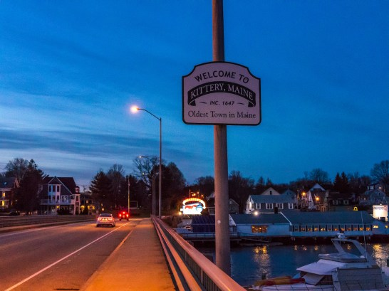 a small sign declaring Kittery is the oldest town n Maine