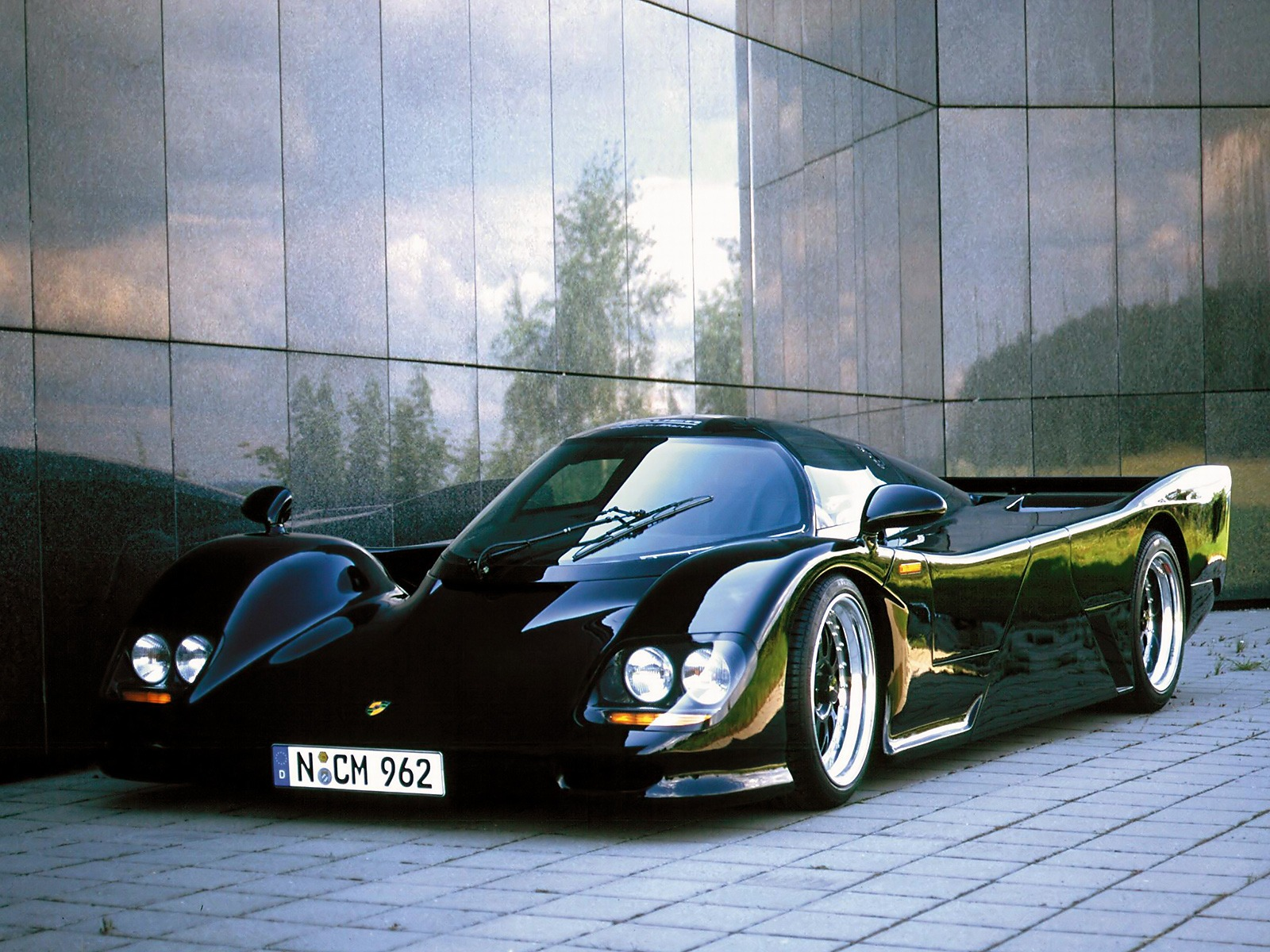 The Fastest Accelerating (0100kmph) Cars Until 2000s