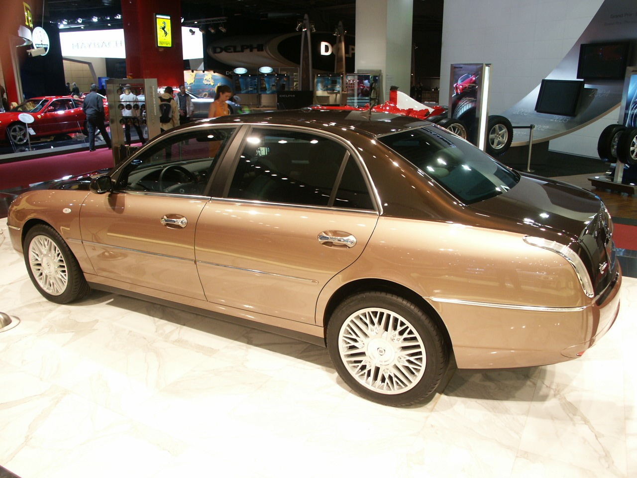 Lancia Thesis Bicolore 2004 Old Concept Cars