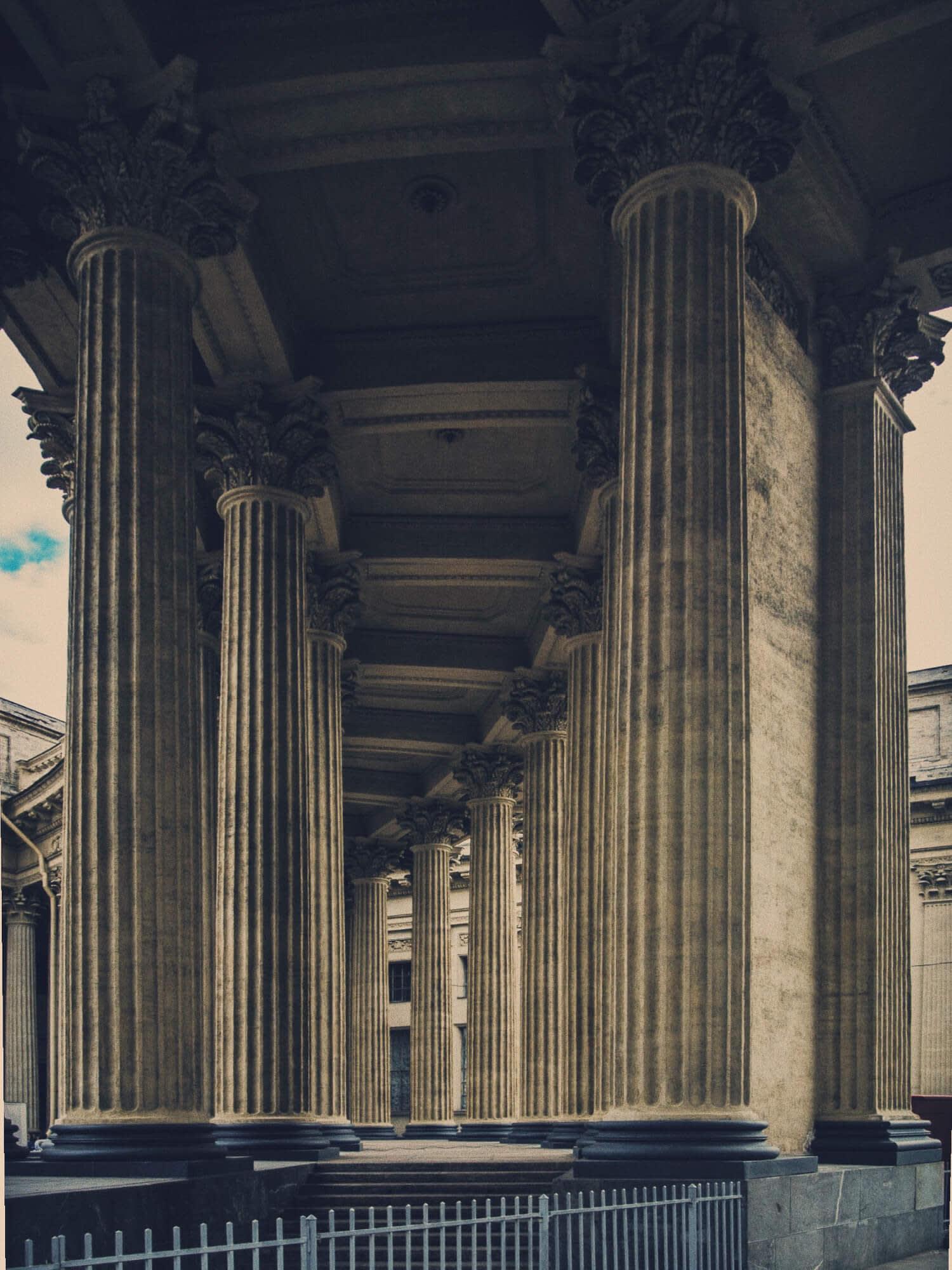 Перспектива из колонн