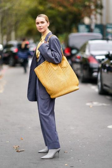 Yellow Gray Style Photo