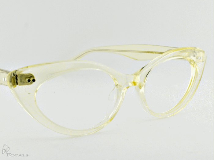 Old Focals Eyewear Design - Kim - Chardonnay 02