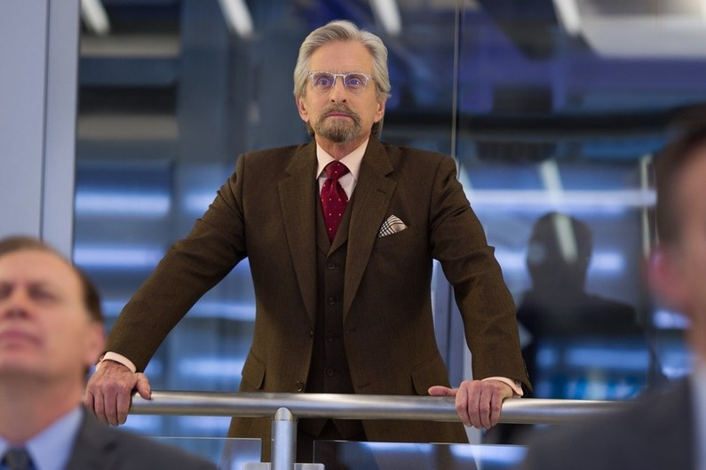 Michael Douglas Antman Glasses Old Focals