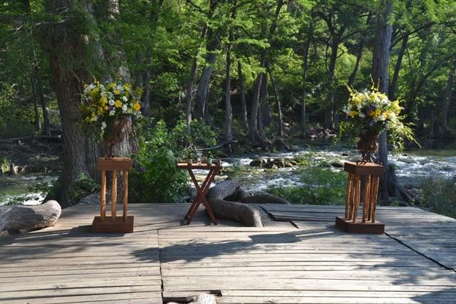 Old-Glory-Ranch-Blanco-River-Wedding