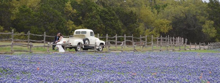 Spring-Wedding-Bluebonnets-Old-Glory-Ranch