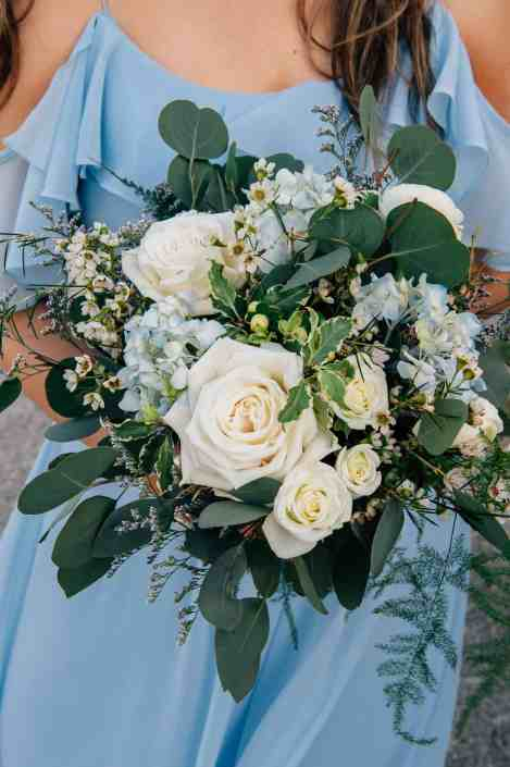 blue-white-bridesmaid-bouquet-best-texas-hill-country-wedding-venue