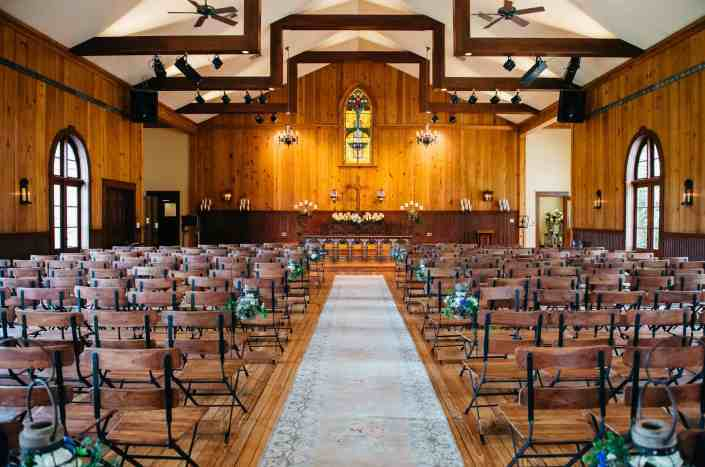 vintage-chapel-indoor-ceremony-hill-country-wedding-venue-near-san-antonio