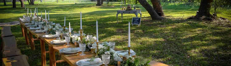 outdoor-reception-under-oak-trees-wimberley-wedding-venue-old-glory-ranch