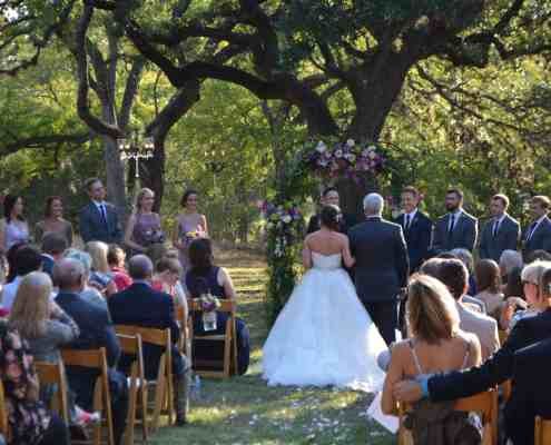 outdoor-ceremony-oak-grove-old-glory-ranch-wimberley-texas