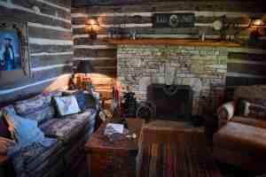 Living-Room- Log-Cabin-Wimberley-old-glory-ranch