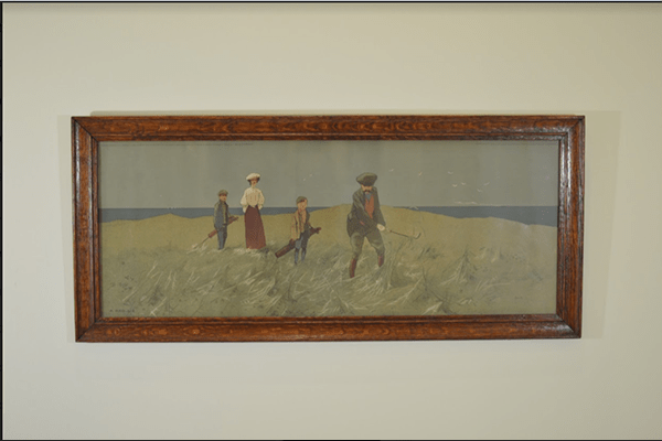 Framed couple with caddies