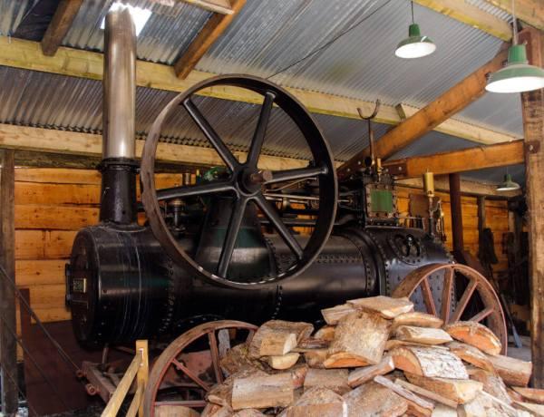 black steam engine