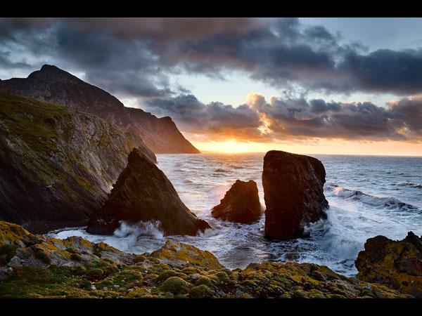 Sunset on Trefor Rocks