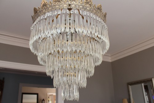 The Problem Was That I Wasn T Sure Exactly How To Clean Chandelier It S Original With House And D Definitely Put In Category Of Delicate