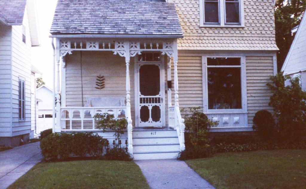 417 Algona, Elgin - After | Old House Porches - Dan Miller