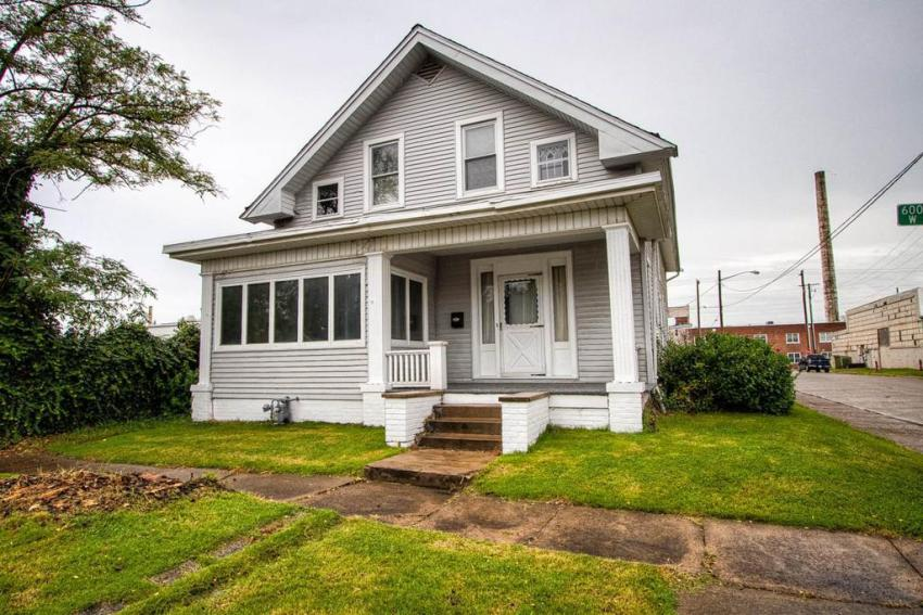 Evansville Indiana move-in ready home