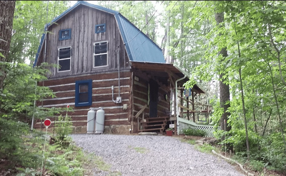 Under 100K Sunday TN Log Cabin For Sale By Owner w 1