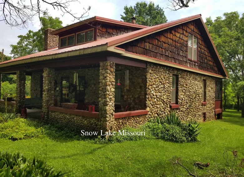 lake house for sale