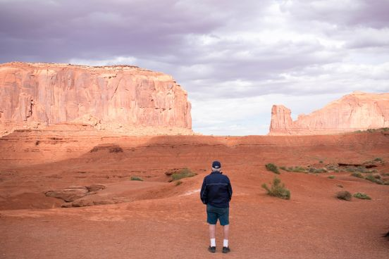 Monument Valley Dad & Old Man Hiking in Arizona