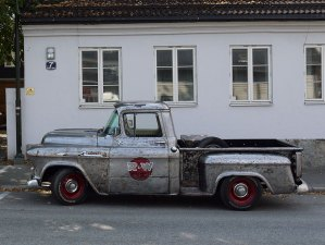 1955 Chevrolet Apache 32 task force pickup