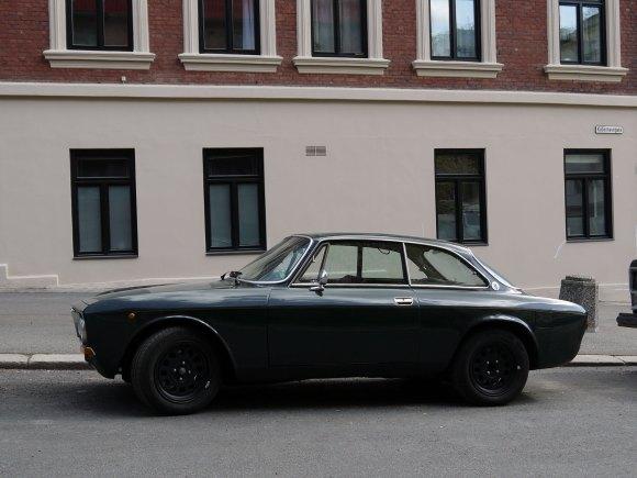 1977 Alfa Romeo 1.3 GT Junior Bertone 105 coupe