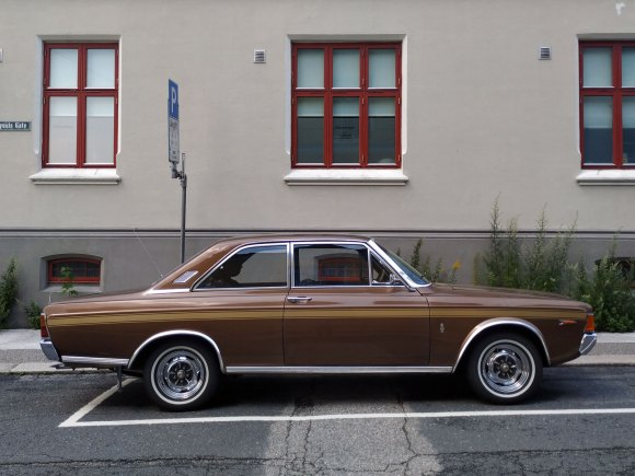 1971 Ford 17m Rs p7 v6 old parked cars profile