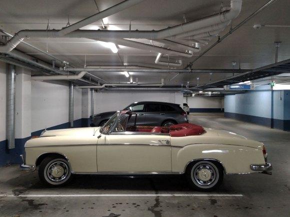 1956 Mercedes-Benz 220 S Cabriolet w108 profile