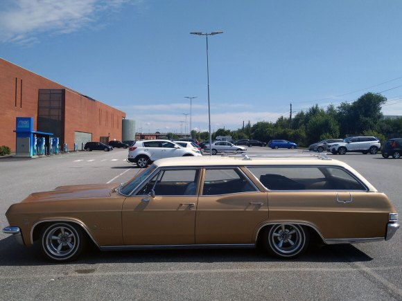 1965 Chevrolet Impala classic station wagon old profile