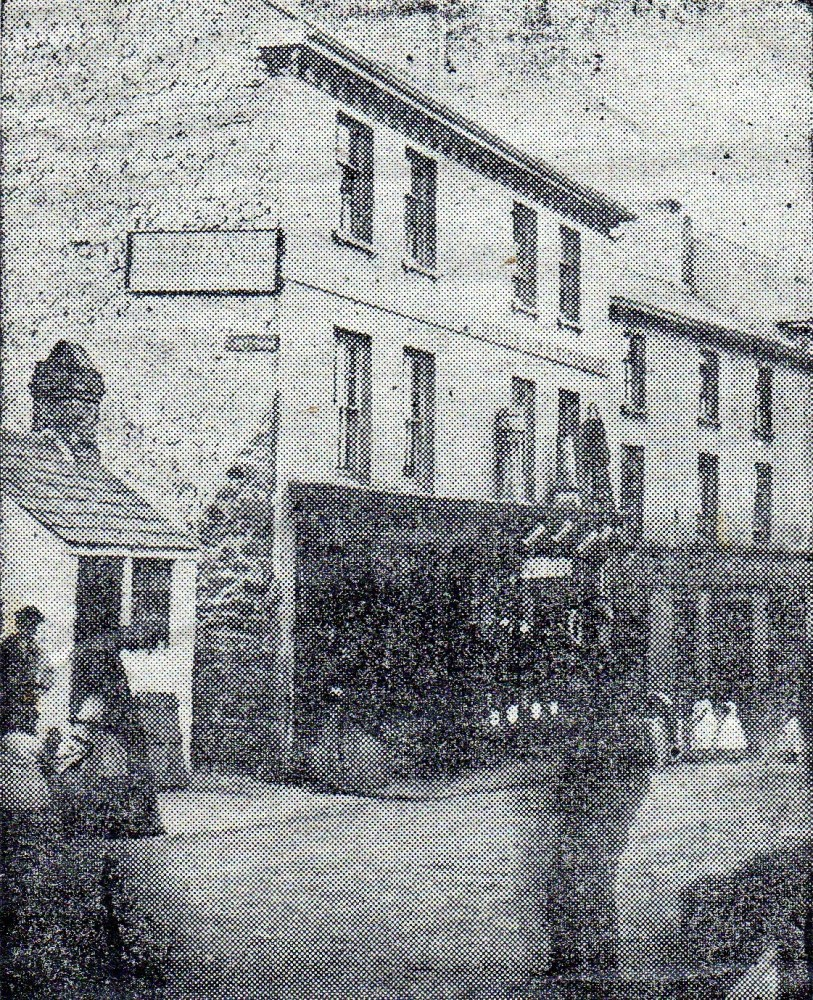 Murder at the Parrot Inn and some old photographs of Pontypool (4/5)