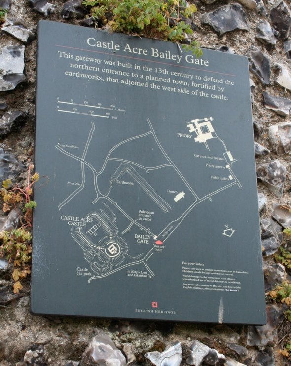 castle_acre_heritage_sign