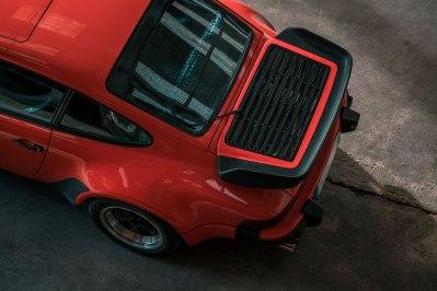 Porsche-930-Turbo-Automobile-OldSchoolConcept