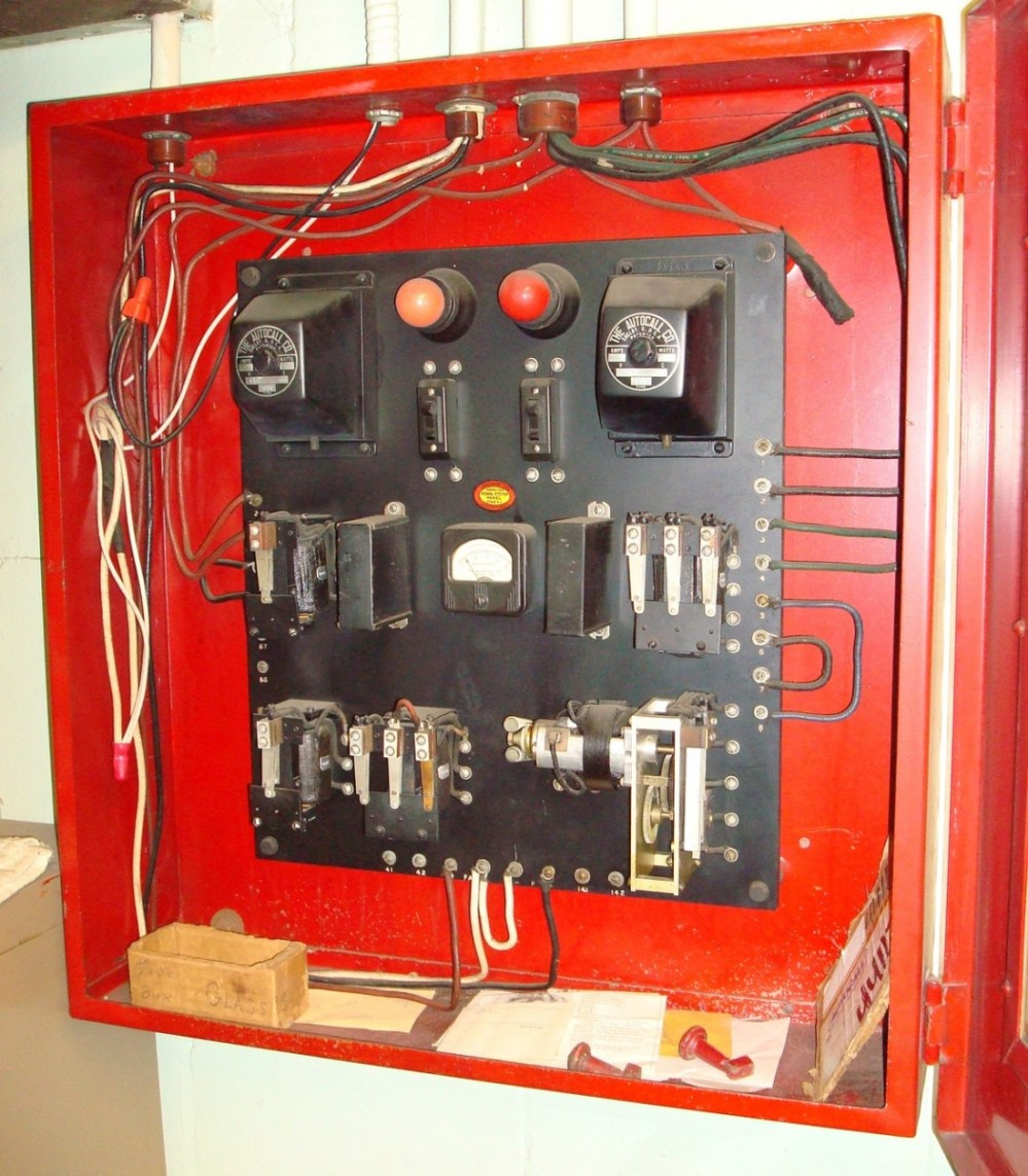 medium resolution of if you have questions or want further information regarding any of the artifacts seen on this website please contact old school fire alarms