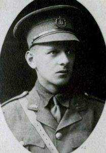 Edmund Mansel-Pleydell (f 1903-1905)
