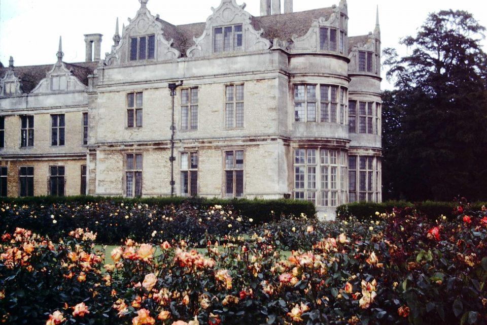 Northants - Northants-1978-04-Kirby-Hall.jpg