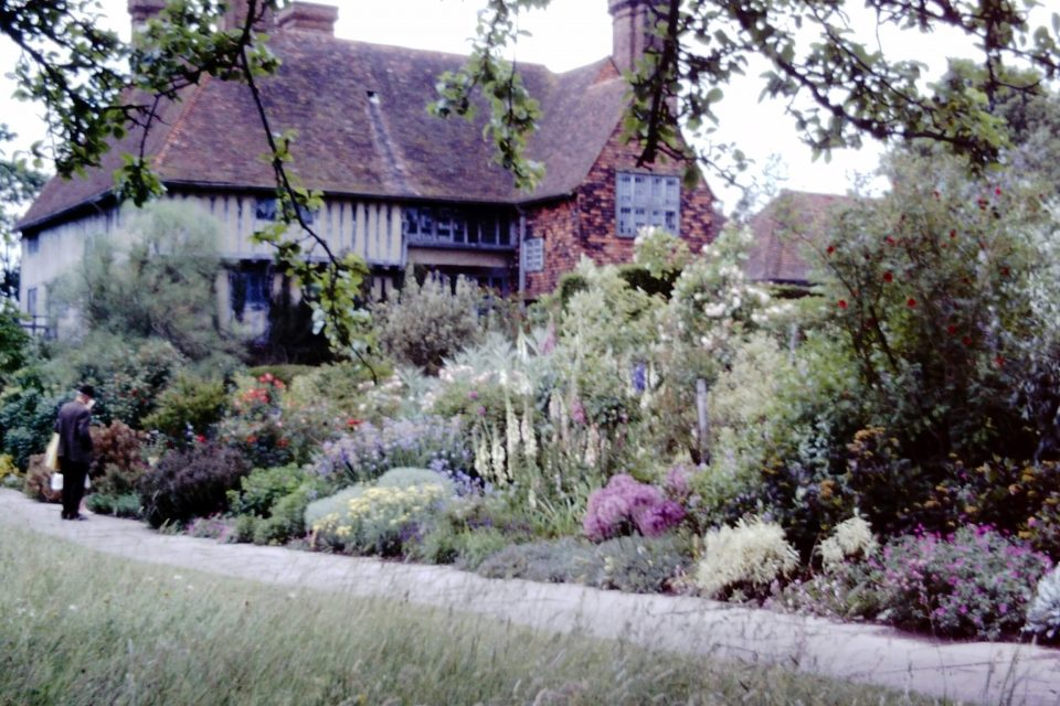 Sussex - Sussex-1974-13-Great-Dixter.jpg