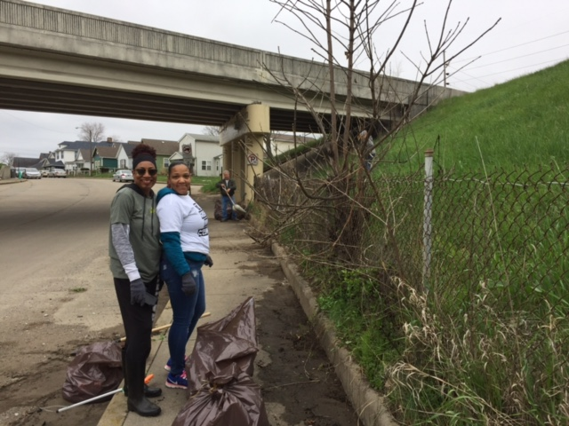 old southside 2017 great indy cleanup crystal bridgewater volunteer