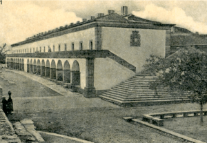 Old picture of the Quartel das Esquadras.