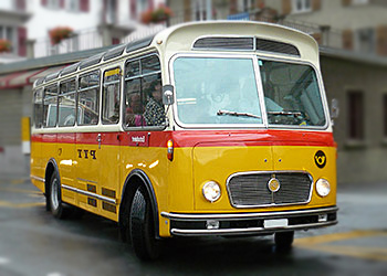 Einen Oldtimer Postbus mieten