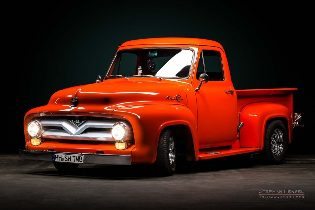 Ford F-100, Pick-Up Truck von vorn links. Oldtimer Fotograf: Stephan Hensel, Hamburg