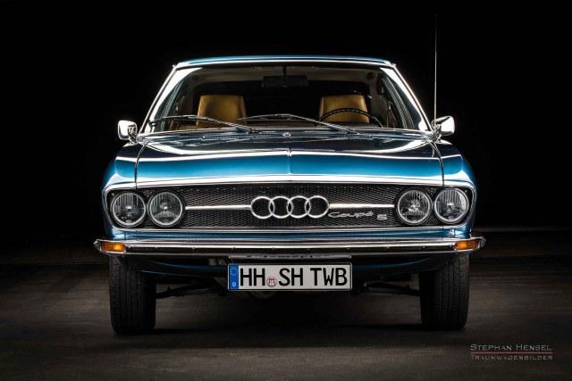 Audi100 Coupé S, Oldtimer, 1973, Ansicht von vorn, Oldtimer Fotograf: Stephan Hensel, Hamburg
