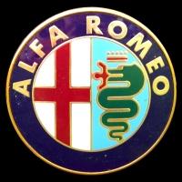 Logo Alfa Romeo auf Alfetta GTV