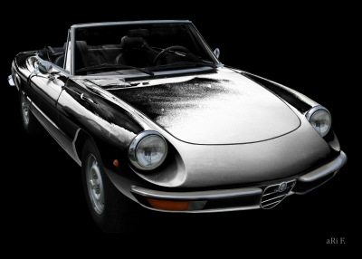 Alfa Romeo Spider in black & white