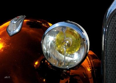 Hotchkiss 686 mit Marchal Scheinwerfer