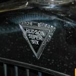 Hudson Super Six Logo vorne am Kühlergrill