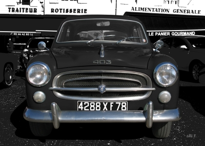 Peugeot 403 in black & white