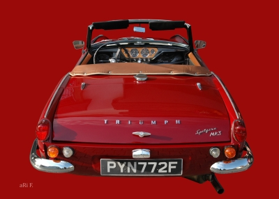 Triumph Spitfire Mk3 Poster red & red in Originalfarbe