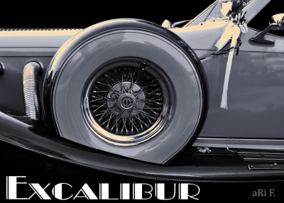 Excalibur Series IV in black