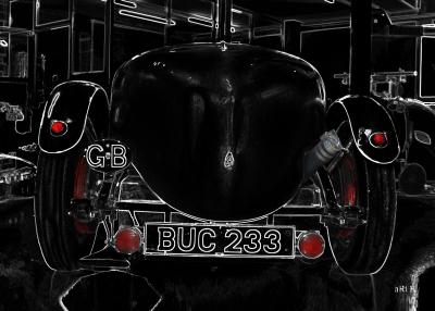 Lagonda Rapier Le Mans in black rear view